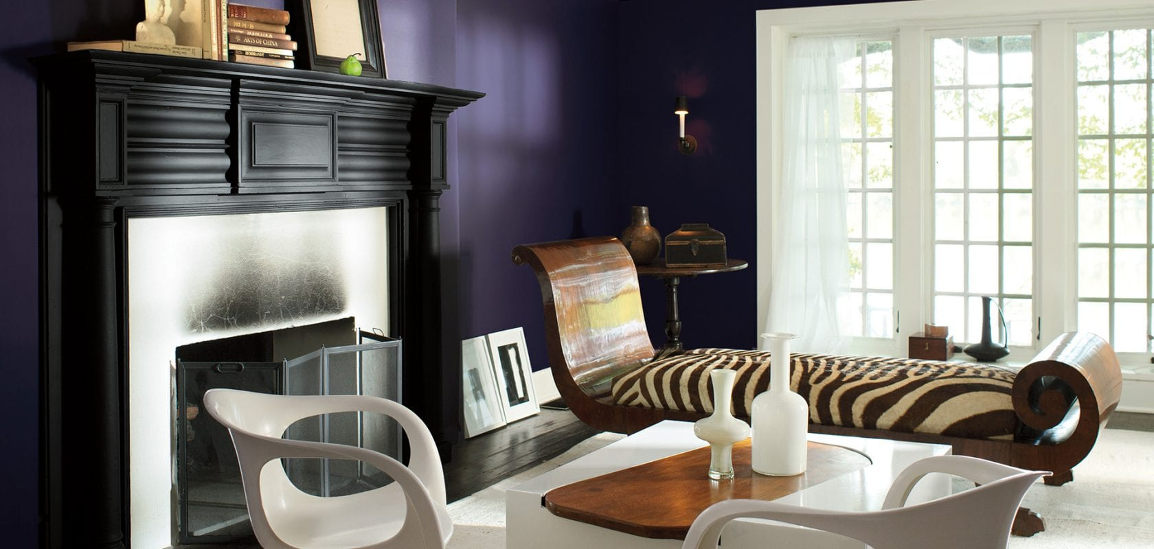 Benjamin Moore S Colour Of The Year Shadow 2117 30