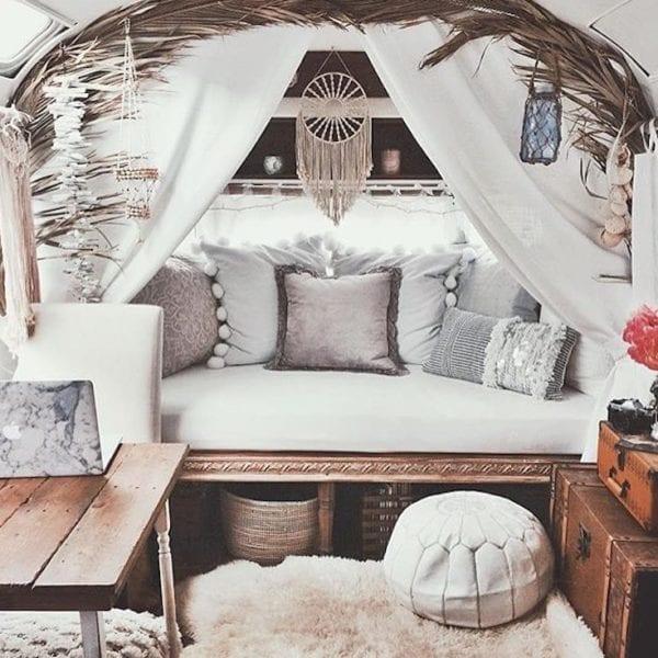 Luxurious Textures & Fabrics, Statement Furniture, @Flightof_Fancy