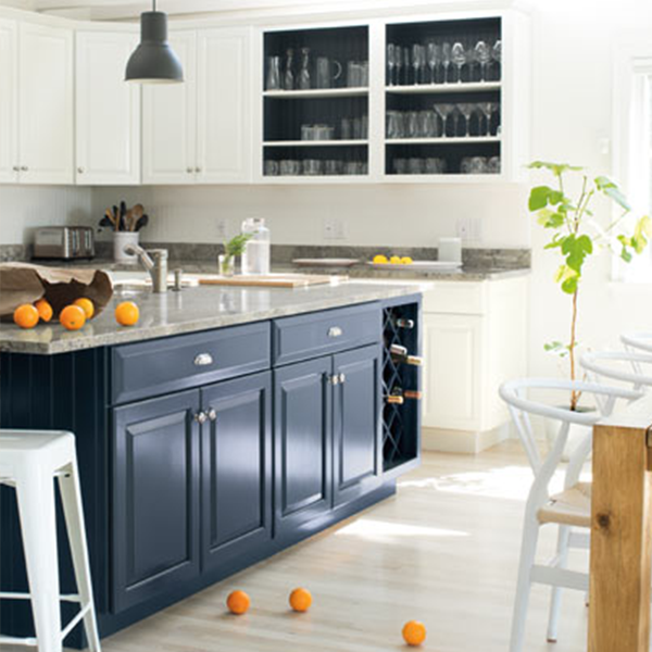 White Kitchen Cabinets Maintenance: Decorator Faves: Kitchen Island Colour Choices