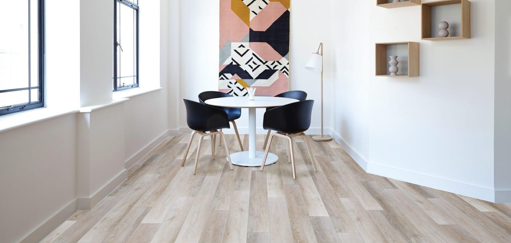 room scene showing waterproof regal luxury vinyl plank in edgewater