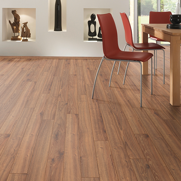 gooseberry oak laminate flooring room scene